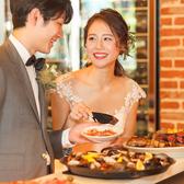 お客様のご要望に合わせて店内の装飾やテーブル配置など変更可能です♪主役のお二人も、ご来賓の方にもご満足いただけるお店です♪