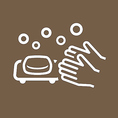 【スタッフの衛生管理も徹底しております】マスク着用、手洗い・うがい・手指消毒の徹底 開店前には検温による体調管理も行っております。安心してご来店ください。