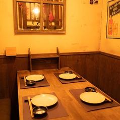 4名様用テーブル個室