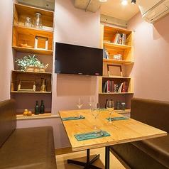 Italian & Wine Bar Viagio ビアージョ 新宿の雰囲気1