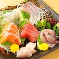 わら焼き以外にも新鮮なお魚をお刺身でも味わえます。和泉府中の飲み会・宴会は「た藁や」で決まり!