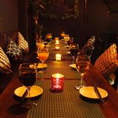 大人な雰囲気で、しっぽり飲むもよし、仲間同士盛り上がりながら飲むも良しの空間。