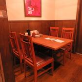 ちょっとした飲み会はもちろん、ご家族でのお食事にもぴったりのテーブル席♪