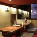 4名様×6卓で、半個室です。18~24名ぐらい対応できる大部屋もご用意あり!