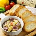 料理メニュー写真ジャガイモと砂肝のアヒージョ
