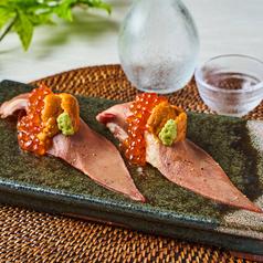 牛タンのウニクラ寿司(一貫)