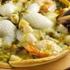料理メニュー写真魚介の有機バジルソース