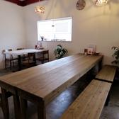 7~10名様まででゆったりと寛げる長テーブル席もご用意しております!大人数でのお食事にどうぞ!