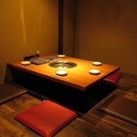 落ち着いた雰囲気の掘りごたつ席の個室がございます。