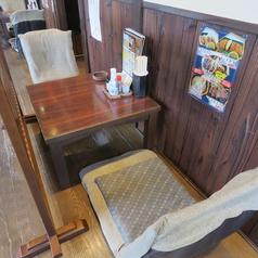 2F座敷【テーブル:2名席(3卓)】