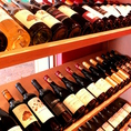 常時40種類以上のワインをご用意しております。
