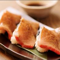 名物、牛とろ炙り寿司!!