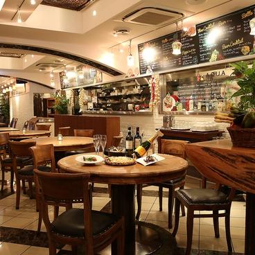 イタリアンバル アクア 上野公園前店の雰囲気1