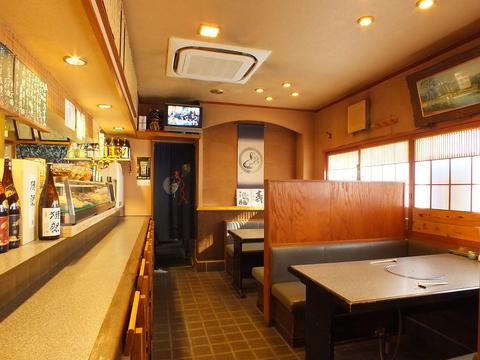 アットホームな雰囲気で、本格的な和食から居酒屋メニューまで…