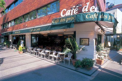 パリのサンジェルマン・デ・プレをイメージした老舗カフェ。