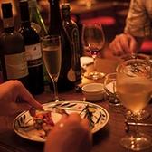 【2名様~テーブル席】2名様~ご利用いただけるテーブル席は、デート・記念日・誕生日・結婚記念日等におすすめです。