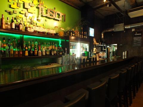 お酒と料理、おしゃれな空間で、パーティはいかがでしょうか…