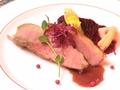 料理メニュー写真フランス産バルバリー種鴨胸肉のポワレ