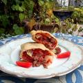 料理メニュー写真イタリア製粗挽きサルシッチャとピリ辛トマトソース