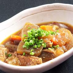 料理メニュー写真牛すじ煮込み/チヂミ(豚 or チーズ)/焼エリンギポン酢