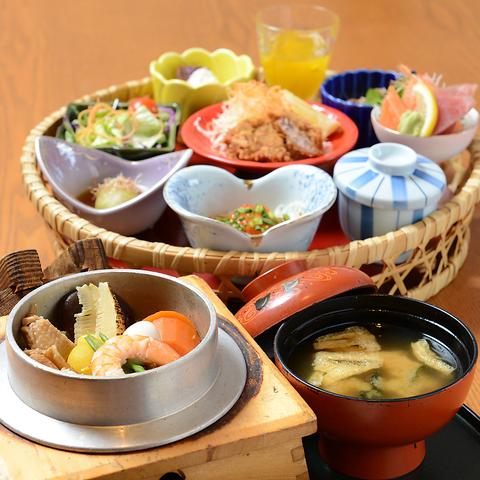 彩り鮮やかな和食がお召し上がりいただけるか野や小川町店。