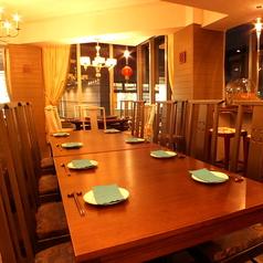 長テーブル席(8名~10名)