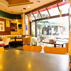 カフェレストランバー うまうま 大塚の雰囲気1