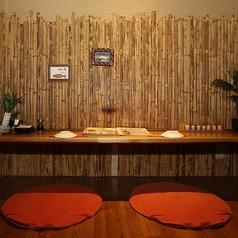 琉球酒場 カーニバル(りゅうきゅうさかば かーにばる)ではデートにぴったり!横並びが嬉しいペアシートをご用意しております★