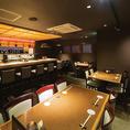 見た目・盛り付けも綺麗な料理、寿司職人がにぎる本格寿司、豊富なお酒の種類、そして落ち着いた店内は接待や会食などに向いております。