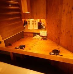 中央テーブル席、2~15名様