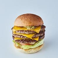 こだわりバンズのハンバーガー