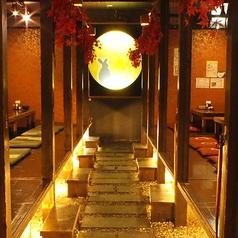 【個室宴会60名まで】貸切は平日30名~、週末40名様~.幻想空間で寛ぎの時間を提供いたします。