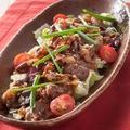 料理メニュー写真■甘太郎の牛カルビ焼肉サラダ