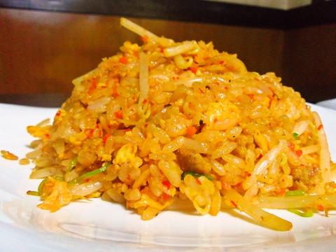 中華料理歴30年のシェフが腕を振るう、本格中華料理をリーズナブルに味わえる。