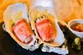料理メニュー写真牡蠣の炙り肉巻き