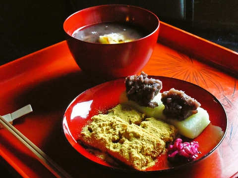 ひと椀のおしるこから京料理のコースまで、おもてなしの心があふれるお店。