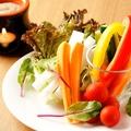 料理メニュー写真蟹味噌ソースのバーニャカウダ