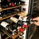 イタリア全土のワインを約70種取り揃えております。
