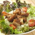 料理メニュー写真チキンサラダ
