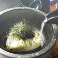 料理メニュー写真石焼き鶏がら茶漬け/梅紫蘇ガーリックライス