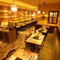 ご家族やご友人とのお食事や、デートなどの普段使いなどに最適なお席がございます。