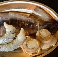 お肉以外にも海鮮やスープ・〆の料理など豊富な品揃え!