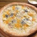 料理メニュー写真4種チーズたっぷりのクアトロフォルマッジ