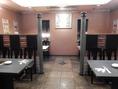 24名様までの宴会が行える半個室です。※テーブル間の仕切りを取り外せます。