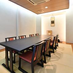 特別室。最大8名様の個室空間。