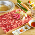 料理メニュー写真【牛タンしゃぶしゃぶ】一枚ずつ盛り付けた牛タンをしゃぶしゃぶ!