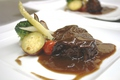 料理メニュー写真和牛頬肉の赤ワイン煮込み