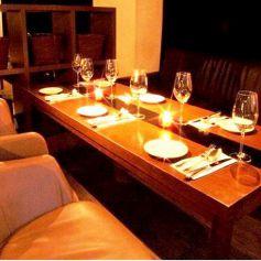 大人気の2階高級ソファのお席は合コンや女子会におすすめ★お得な飲み放題付きコースも色々ございます。