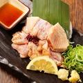 料理メニュー写真朝引き丹波鶏のたたき 【ももorむね】