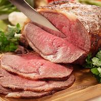 【アラカルトのお肉料理も満載♪】熟成ローストビーフ♪